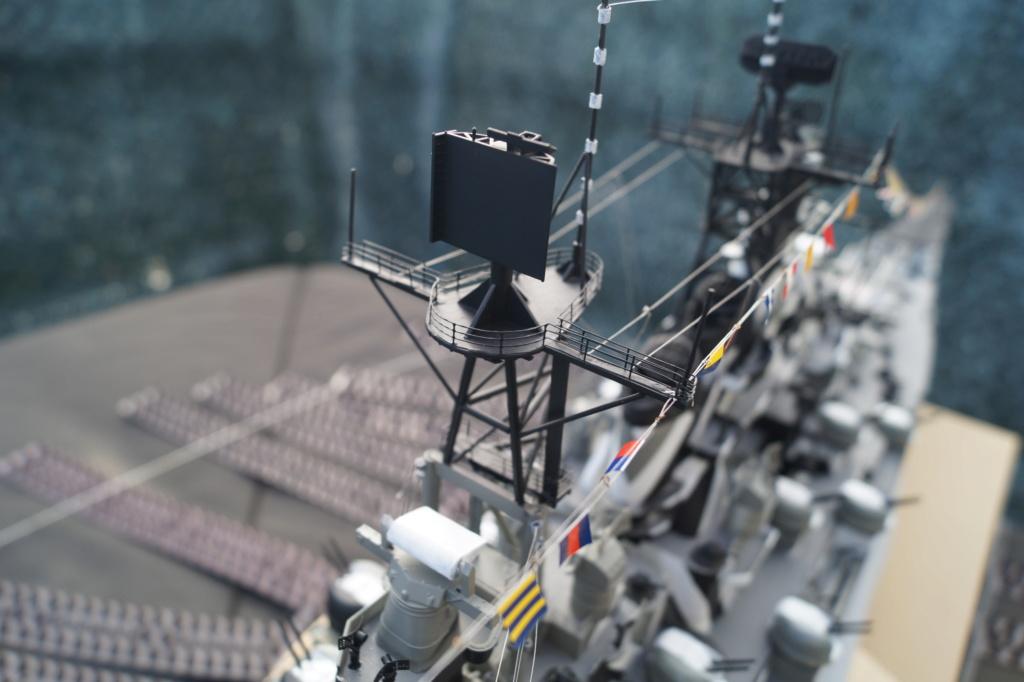 [Uchronie] USS Lake Michigan (base Iowa Trumpeter 1/200°) par hibikitokay - Page 10 Dsc00018