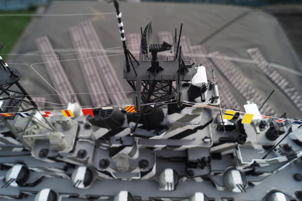 [Uchronie] USS Lake Michigan (base Iowa Trumpeter 1/200°) par hibikitokay - Page 10 Dsc00019