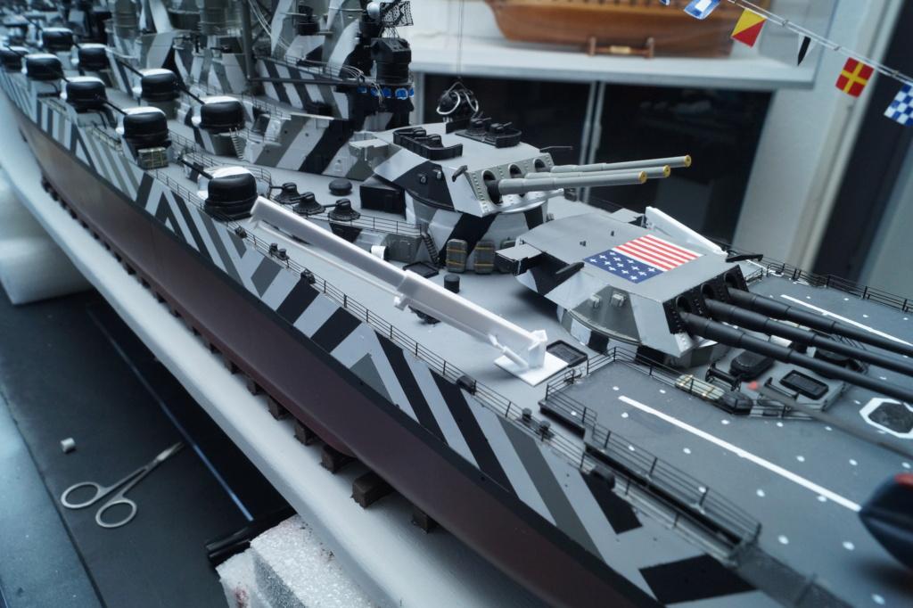 [Uchronie] USS Lake Michigan (base Iowa Trumpeter 1/200°) par hibikitokay - Page 10 Dsc00114