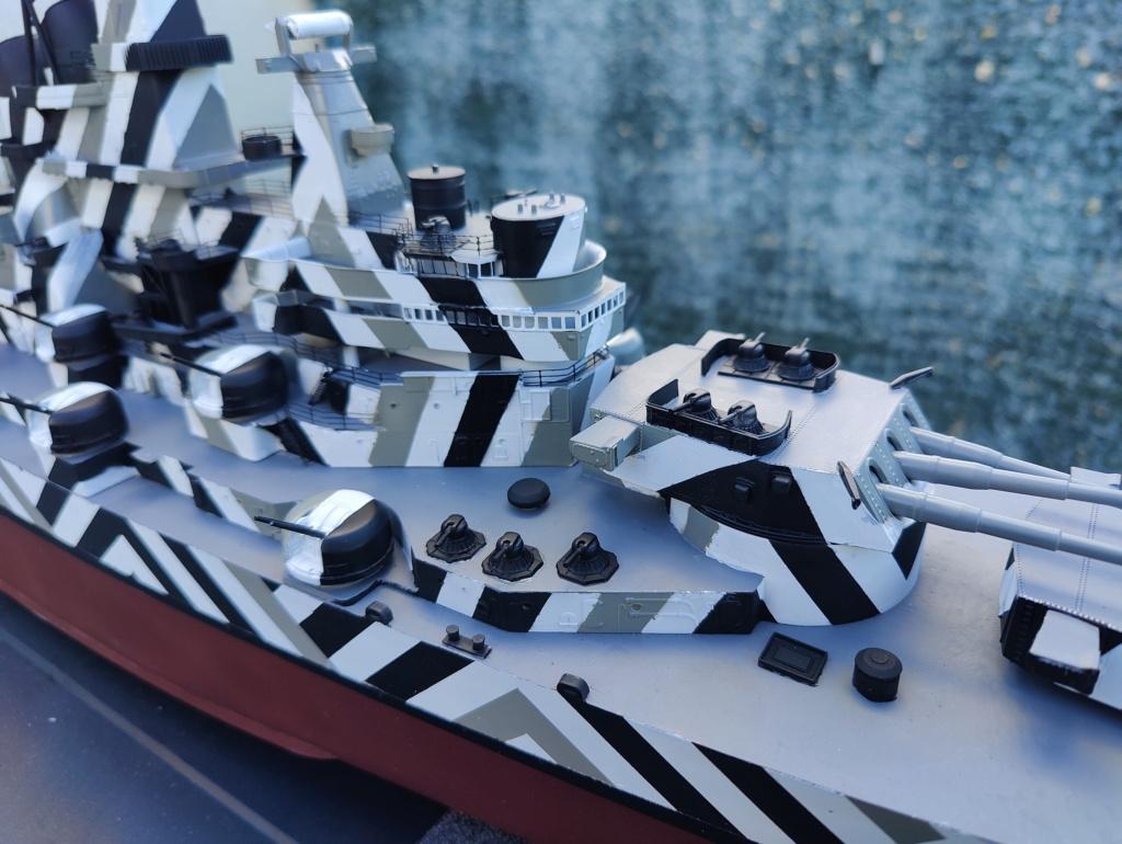 [Uchronie] USS Lake Michigan (base Iowa Trumpeter 1/200°) par hibikitokay - Page 7 Img_2115