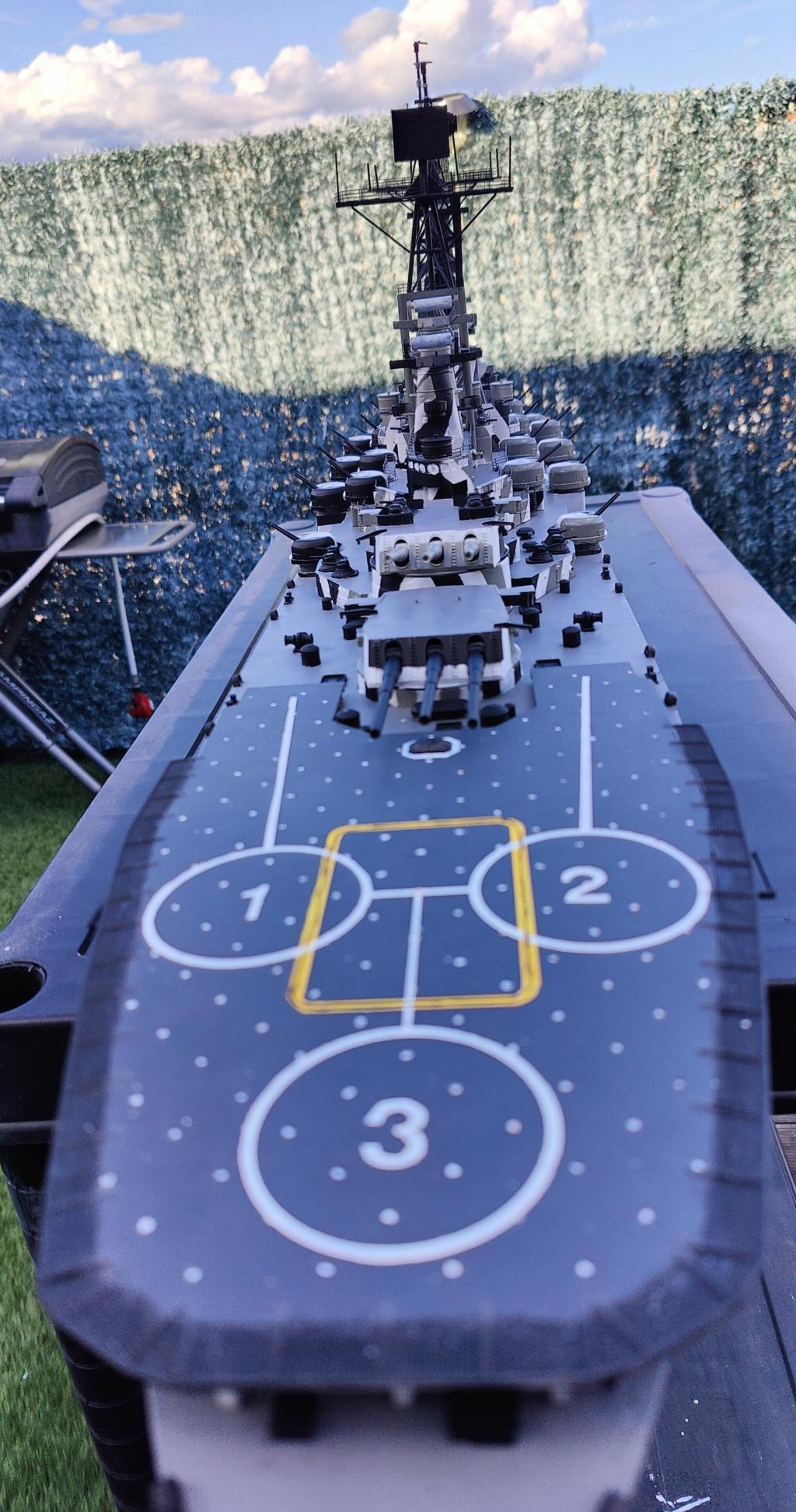 [Uchronie] USS Lake Michigan (base Iowa Trumpeter 1/200°) par hibikitokay - Page 7 Img_2119