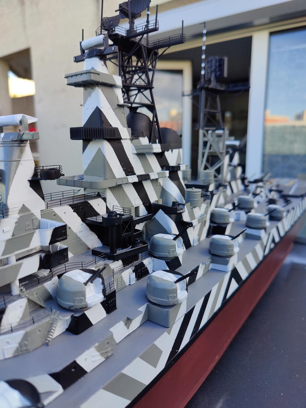 [Uchronie] USS Lake Michigan (base Iowa Trumpeter 1/200°) par hibikitokay - Page 7 Img_2123