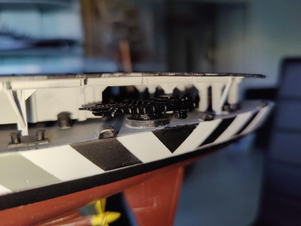 [Uchronie] USS Lake Michigan (base Iowa Trumpeter 1/200°) par hibikitokay - Page 8 Img_2134