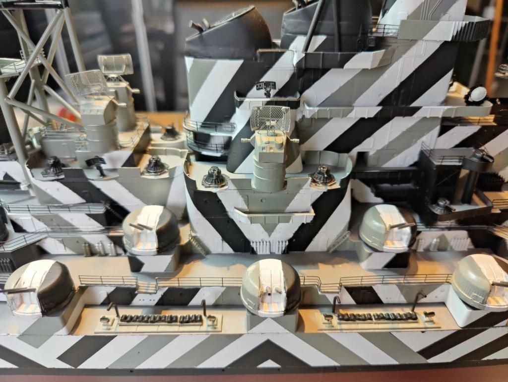 [Uchronie] USS Lake Michigan (base Iowa Trumpeter 1/200°) par hibikitokay - Page 8 Img_2139