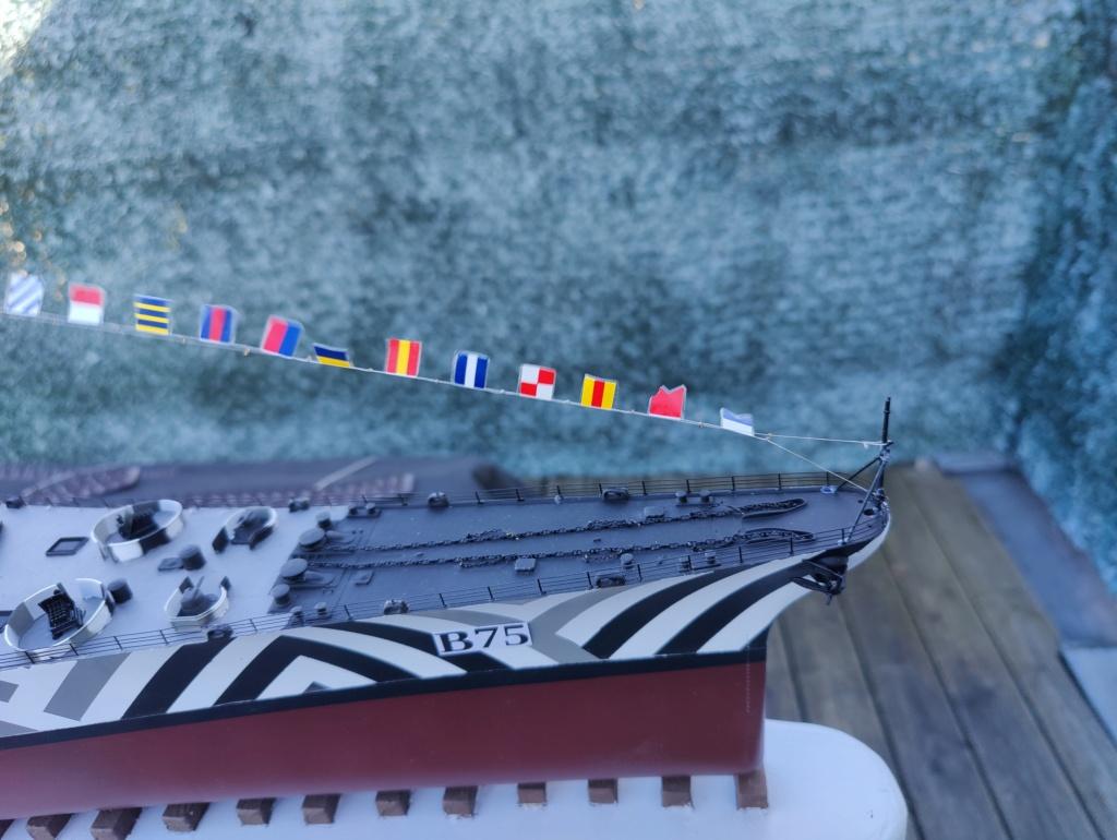 [Uchronie] USS Lake Michigan (base Iowa Trumpeter 1/200°) par hibikitokay - Page 10 Img_2189