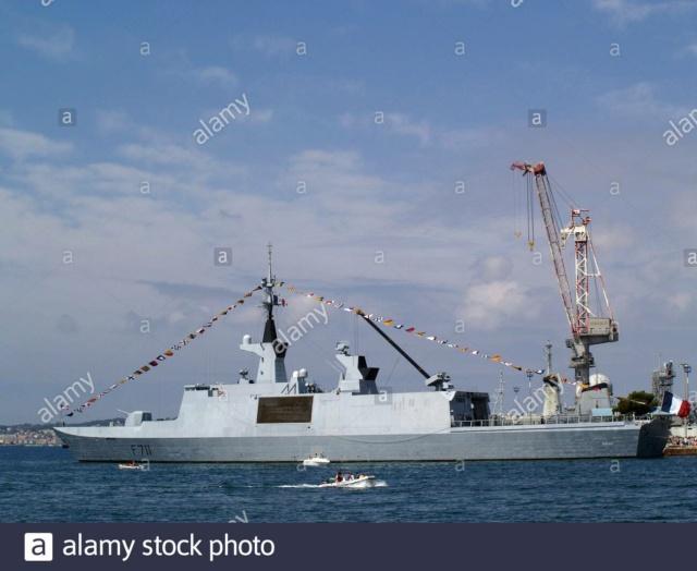 [Uchronie] USS Lake Michigan (base Iowa Trumpeter 1/200°) par hibikitokay - Page 9 La-fre10