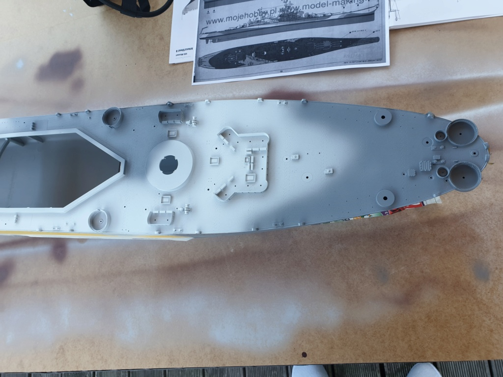 USS Missouri 1/200 de chez trumpeter Modeli15