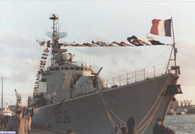 [Uchronie] USS Lake Michigan (base Iowa Trumpeter 1/200°) par hibikitokay - Page 9 Vauque10