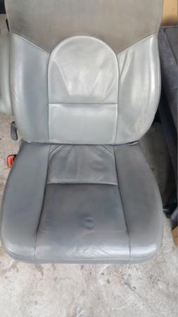 Montage sièges S4 sur S3 20200224