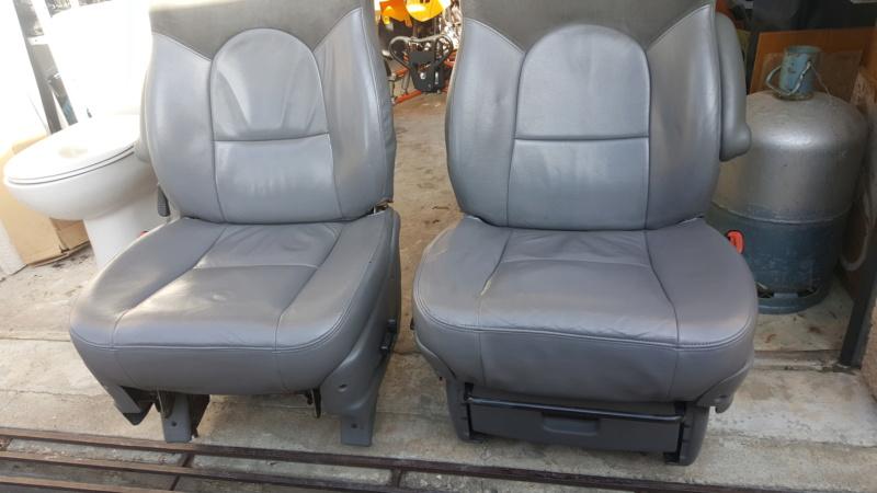 Montage sièges S4 sur S3 20200231