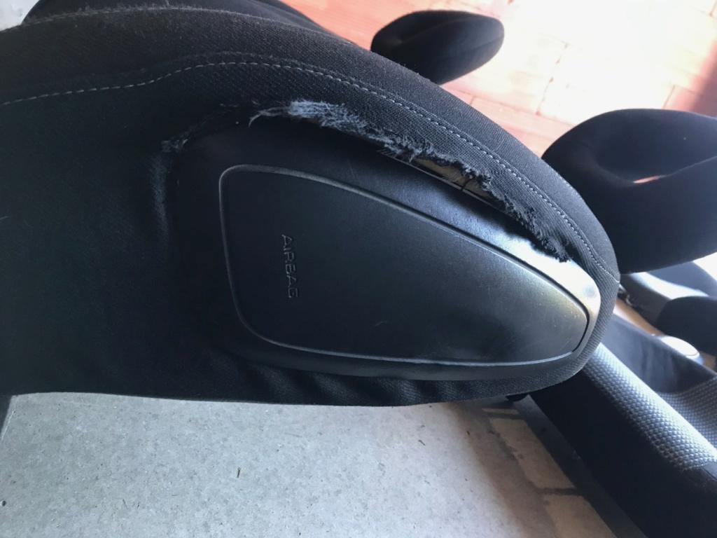 Intérieur complet Tissus noir et gris andorre Airbag11