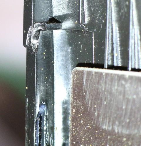 Réparer un cran cassé ? Onglet13