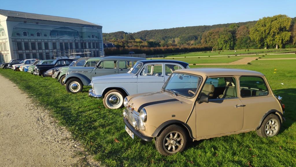 Exposition de nos véhicules possible au Salon Art&Habitat au château de Dampierre Img_2034