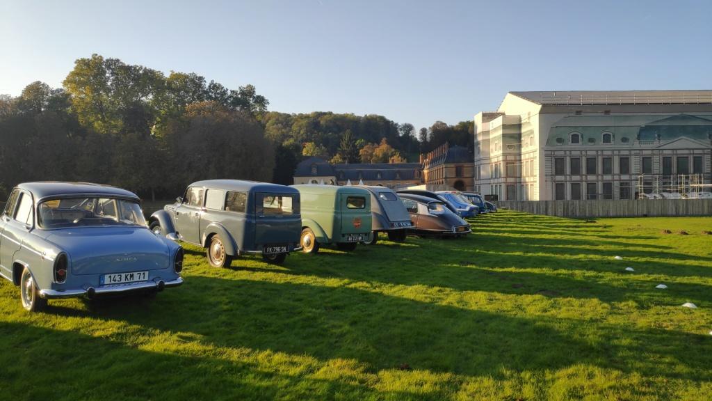 Exposition de nos véhicules possible au Salon Art&Habitat au château de Dampierre Img_2035