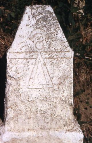 Mon interpretation du signe figurant sur la tombe de Talpiot 383px-10
