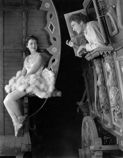 1928 - Street Angel Circo_10