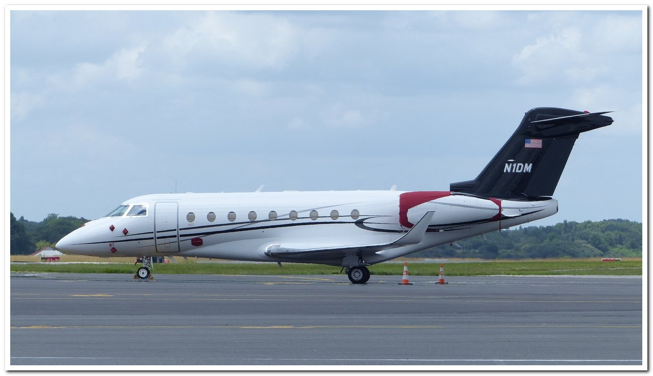 [BIZ JETS] L'Aviation d'Affaires de 2018...   Gulfst10