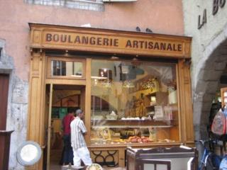 1944-1945..charpente, façade, café...la suite.... Boutiq14