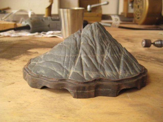 Making a daiza by Sandro Tschudin. N10