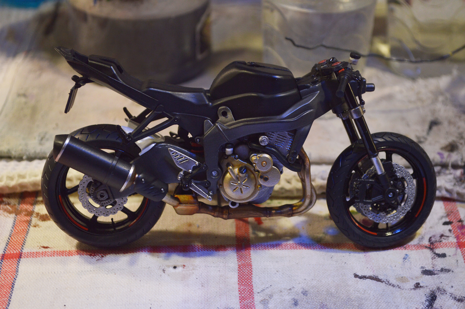 [Moto] Conversion et kit de maquette - Page 2 Dsc_3311