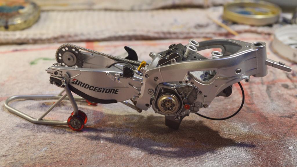 [Moto] Conversion et kit de maquette - Page 3 Dsc_3615