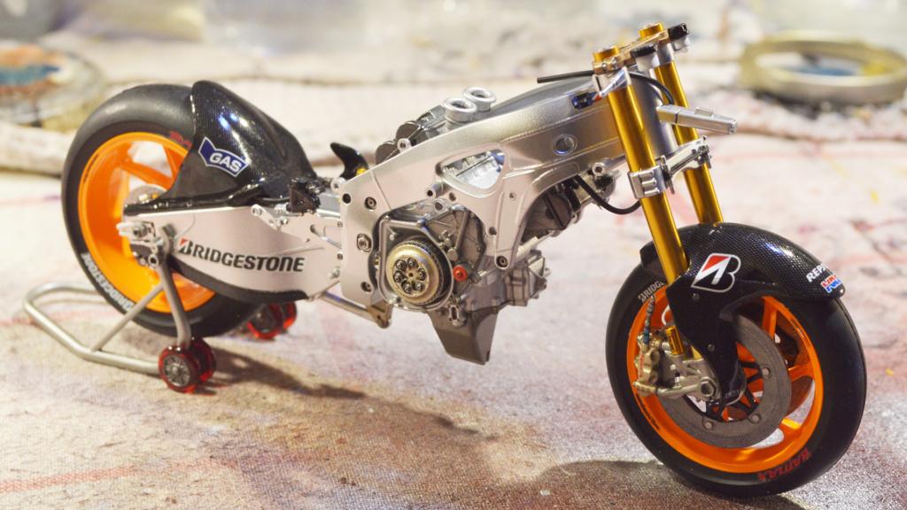 [Moto] Conversion et kit de maquette - Page 3 Dsc_3626