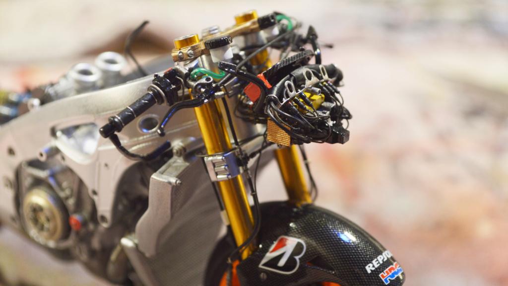 [Moto] Conversion et kit de maquette - Page 3 Dsc_3711