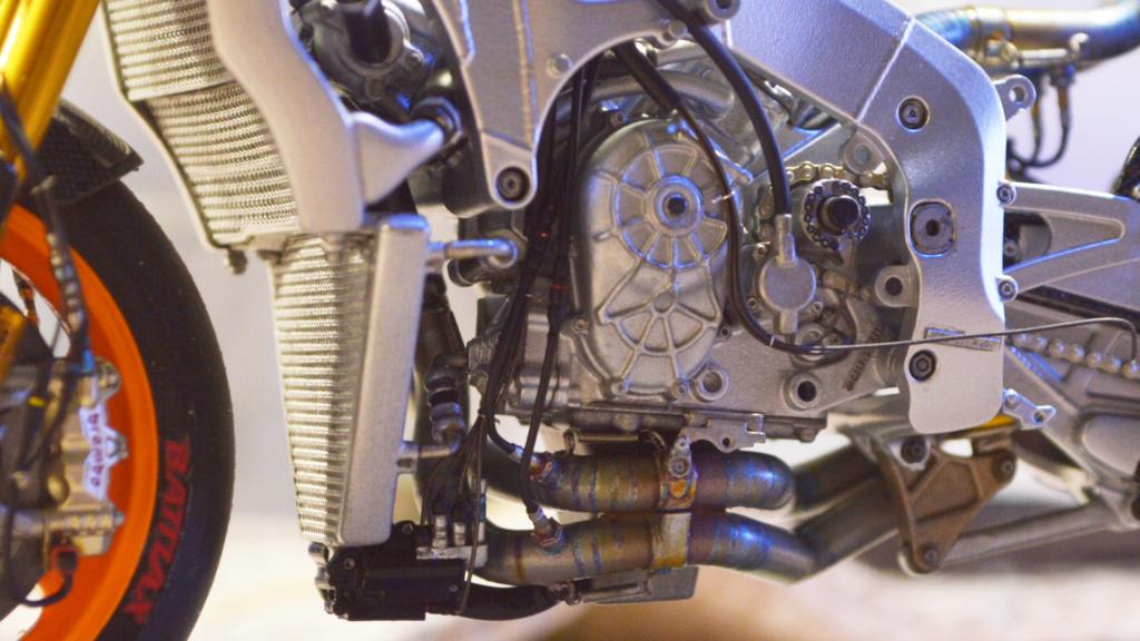 [Moto] Conversion et kit de maquette - Page 3 Dsc_3716