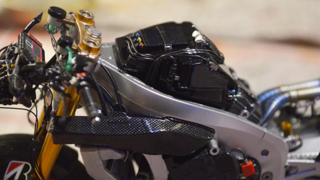[Moto] Conversion et kit de maquette - Page 3 Dsc_3720