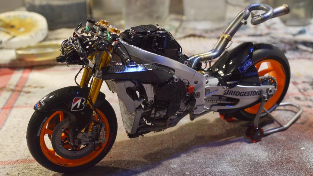 [Moto] Conversion et kit de maquette - Page 3 Dsc_3722
