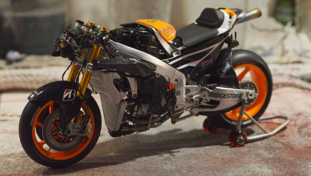 [Moto] Conversion et kit de maquette - Page 3 Dsc_3815