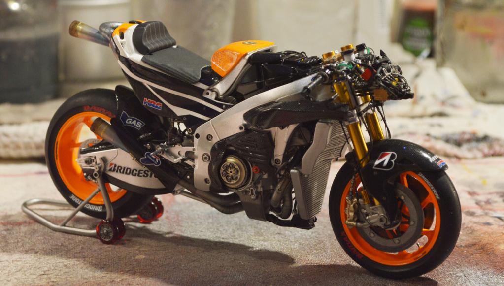 [Moto] Conversion et kit de maquette - Page 3 Dsc_3816