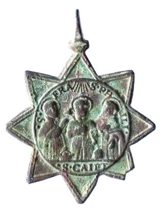 Algunas formas atípicas de medallas. Canoni11