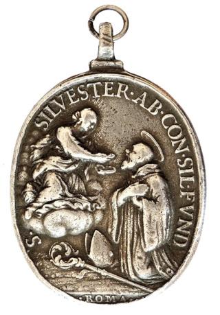 Medallas de S Benito St_sil15