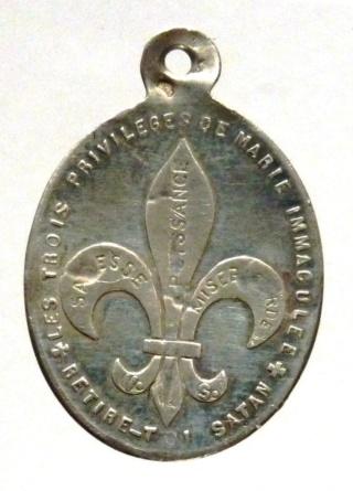Interesante medalla mariana contra Satanás. Principios siglo XX. Trois_12