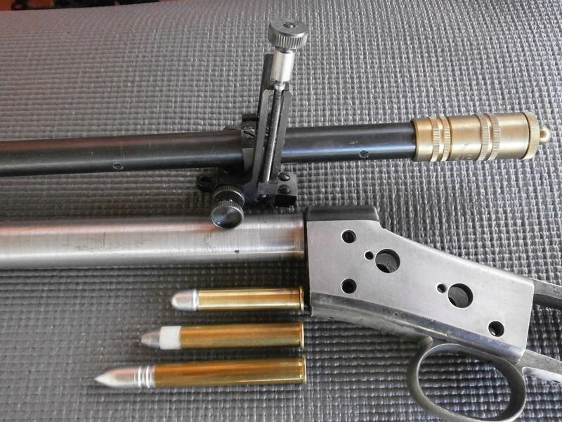 Deux custom en calibre confidentiel , le .37-77-330 dGdT . P8040512