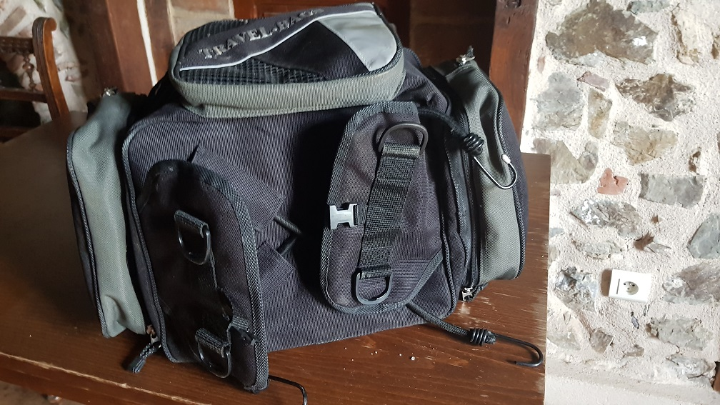 vends sacoche travel bags 20190512
