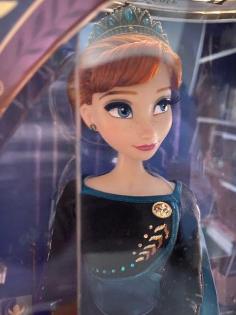 Disney Store Poupées Limited Edition 17'' (depuis 2009) - Page 4 0fae3410