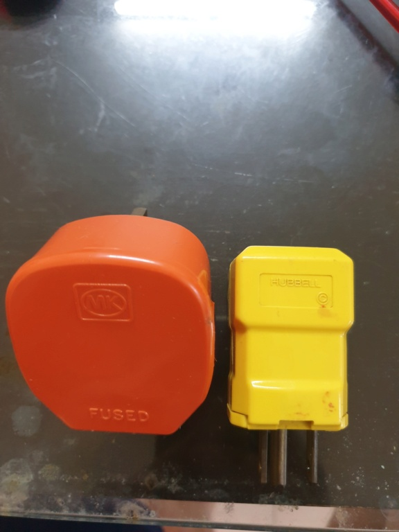 Hubbell and MK plug (used) 16302211