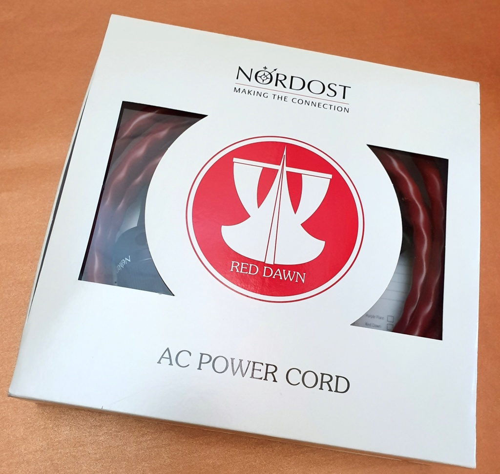 Nordost Red Dawn power cord, 2m, US (used) SOLD Nordos13