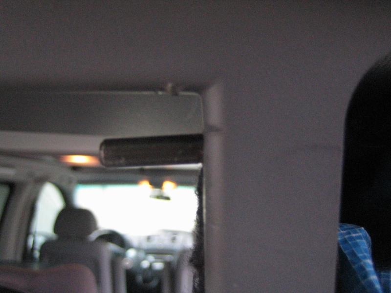 Coffre arrière basculant avec haut-parleurs sur Viano Img_2615