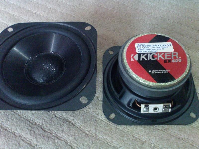 Kicker EX420 midrange speakers (Used) Dsc02327