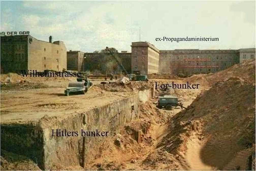 Le bunker du Führer reconstitué à Berlin Bunker14