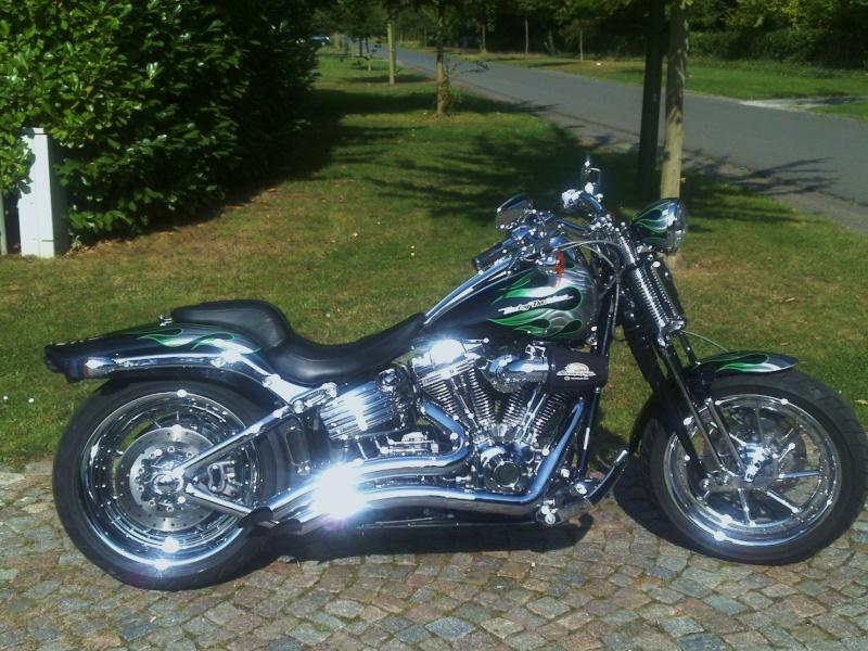 Combien de Softail sur le forum Passion-Harley - Page 4 19092012
