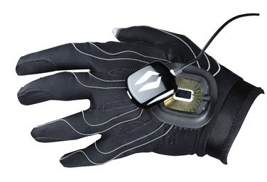 Peregrine wired gaming glove gets pre-order status Peregr10