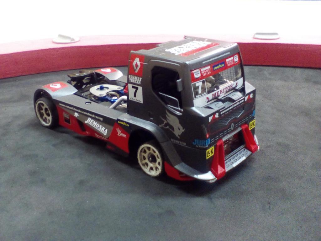 Alpine A110 et Renault Truck Img_2073