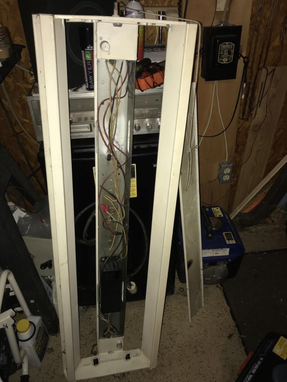 Preheat ballast for two (2) 40 watt T12 lamps Img_2313