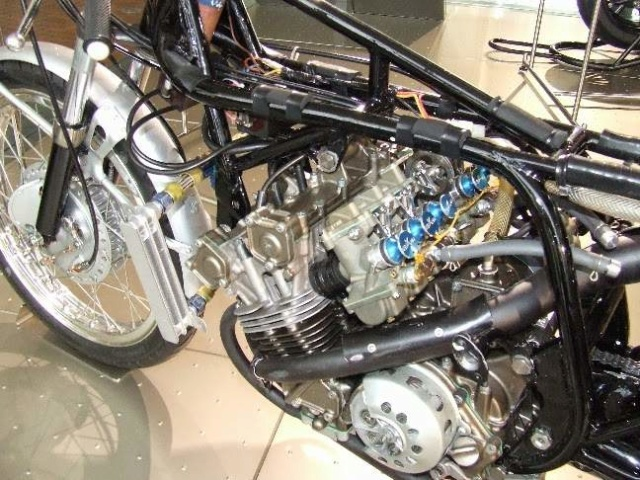 Histoire de la moto. Honda_40