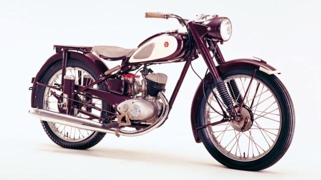 Histoire de la moto. Yamaha11