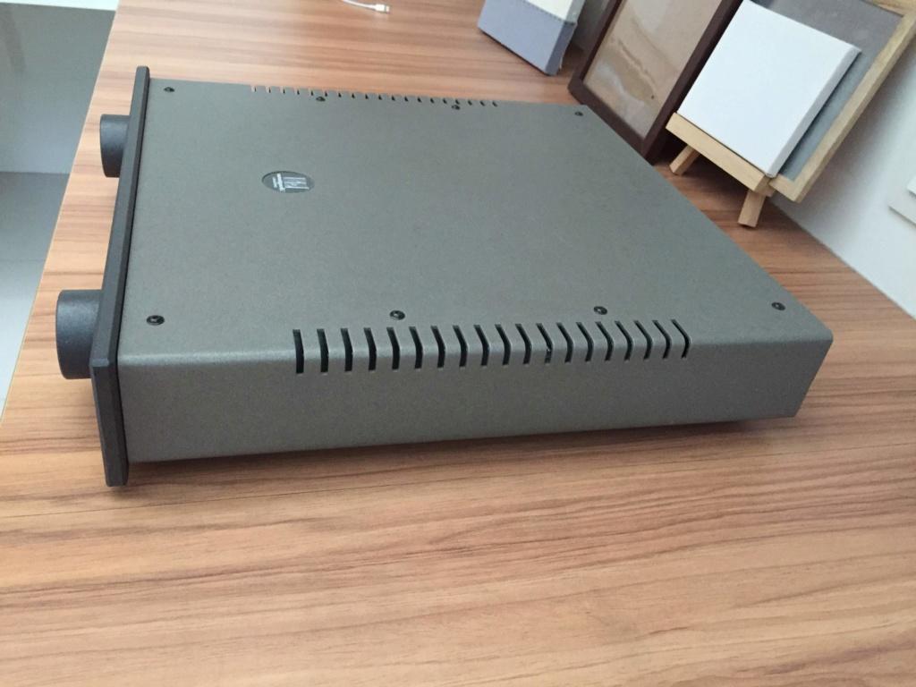 Avantgarde Acoustic Model 5 integrated amp (Used) Img_6711